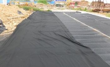 排水板和土工布施工